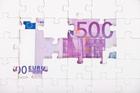 L'argent sur le divan