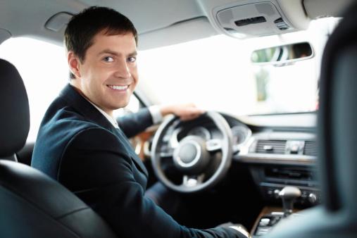 Changer d air avec le diffuseur d huiles essentielles - Diffuseur huiles essentielles voiture ...