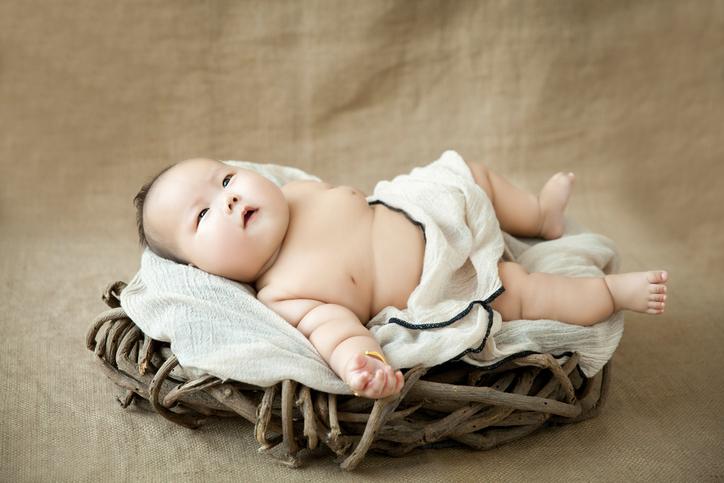 """L'augmentation inquiétante des bébés """" sumos """""""