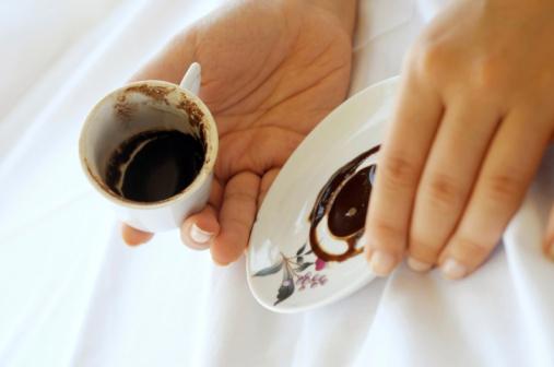 Lire l avenir dans le marc de caf - Utilisation du marc de cafe au jardin ...