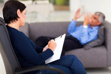 « Ma femme critique ma psychanalyste »